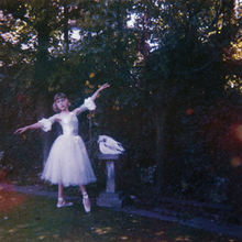 220px-Wolf_Alice_-_Visions_of_a_Life